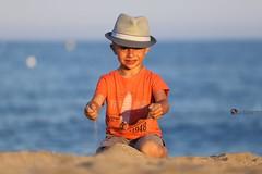Le Var - Mika Fotografika (mikafotografika) Tags: sea summer mer france port canon lumiere dslr t bateau mange var