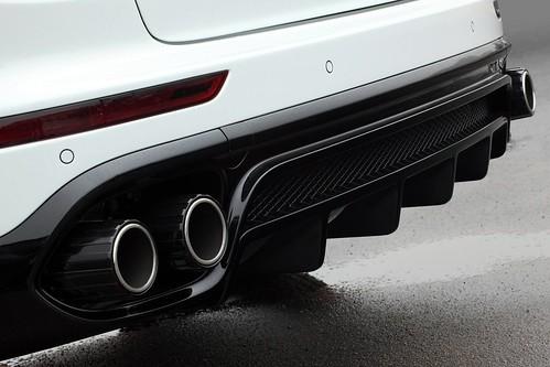 Porsche Cayenne Vantage