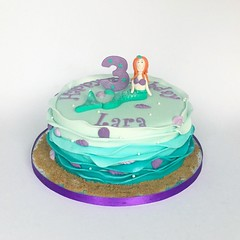 Mermaid Cake (Fairy Dust Bakery) Tags: birthday sea shells ariel cake sparkle mermaid