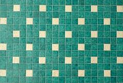 |  ||  | (Mi Mitrika) Tags: verde porto parede azulejos quadrados pastilha