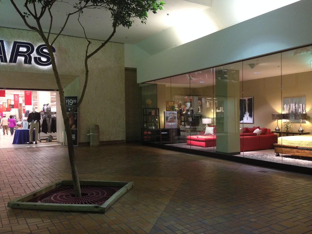 The World 39 S Best Photos Of Mall And Niles Flickr Hive Mind