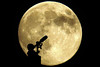 Supermoon on Monday (Lesgo LEGO Foto!) Tags: lego minifig minifigs minifigure minifigures collectible collectable legophotography omg toy toys legography fun love cute coolminifig collectibleminifigures collectableminifigure supermoon super moon fullmoon full astronomy astronomer