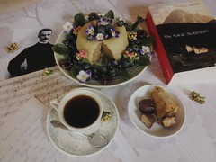 (sketchesofdreams) Tags: mann lubeck germany desserts marzipan chocolate cake vegan book writer thomasmann coffee