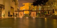 no name (Robert Benatzky Picture) Tags: night nacht bangkok thailand pool lights lichter lightreflection lichtreflektionen wasser water langzeitbelichtung totallythailand robertbenatzkypicture