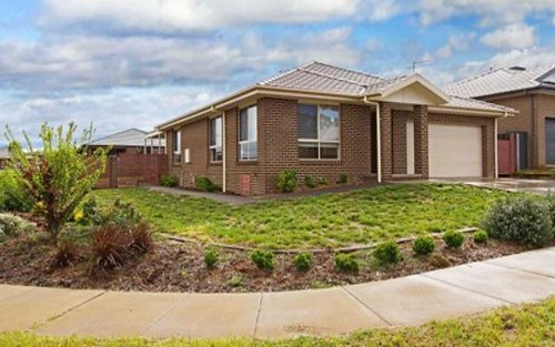 4 Lumsden Lane, Yass NSW 2582