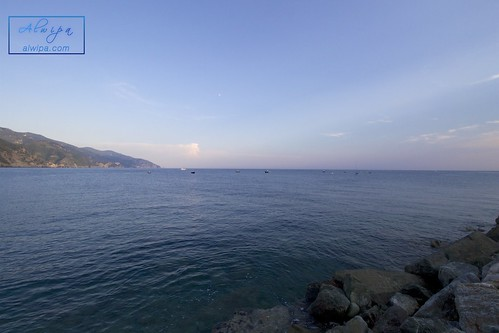 """Cinque terre - Monterosso al mare • <a style=""""font-size:0.8em;"""" href=""""http://www.flickr.com/photos/104879414@N07/30129941952/"""" target=""""_blank"""">View on Flickr</a>"""