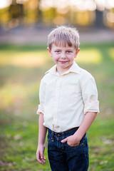 DSC_3759 (CEGPhotography) Tags: portraits family familyportraits fall autumn cegphotography sons father children kids nikon nikond810 nikonphotography d810 outdoor smiles