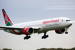 AMS - Boeing 777-3U8ER (5Y-KZX) Kenya Airways (Aro'Passion) Tags: named mount kilimanjaro 5ykzx kenya airways ams aropassion airport aircraft atterrissage aroport approche approach 60d canon photography photos eham boeing 777 b777 b7773u8er landing natw 7773u8er