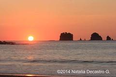 Atardecer en el Pacfico/ Sunset at the Pacific coast (Natalia Decastro) Tags: atardecer oceano pacifico naturaleza costa rica nature pacific ocean guanacaste