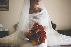 (rom.dab) Tags: wedding matrimonio bride sposa dettagli details abito smile sorriso orange red rosso arancio love amore tenderness tenerezza