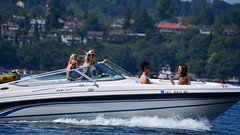 2016 Seafair Blue Angels / Seafair weekend (NBWaller) Tags: seafair blueangels seafairweekend planes jets aircraft seattle airshow boat motorboat blondes