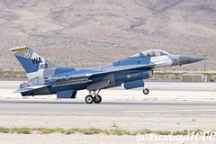 """An """"Enemy"""" F-16 Just Landed After Performance (xuxinyi1000) Tags: us air force usaf combat command acc wa usafws f16 aviation nation nellis afb lsv klsv las vegas airplane aircraft jet plane fighter 64th aggressor squadron"""