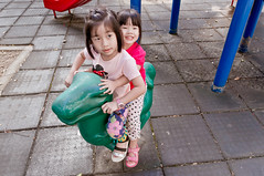 20161120-DSC03958 (violin6918) Tags: sony nex nex6 sonynex6 violin6918 taiwan hsinchu sigma sigma19mmf28dn cute lovely baby girl family portrait kid daughter littlebaby angel children child pretty princess shiuan vina