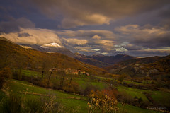 Calma en el valle (AvideCai) Tags: avidecai paisaje sigma1020 atardecer nubes cielo montaa