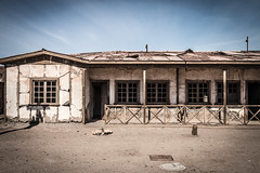 Humberstone ghost town, Atacama (tik_tok) Tags: chile old abandoned latinamerica southamerica buildings outdoors town industrial desert outdoor decay dry unesco worldheritagesite atacama ghosttown desierto rusting humberstone derelict arid industrialworks saltpeter nitratetown