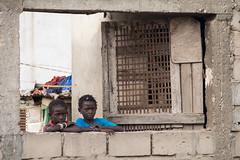 (SirisVisual) Tags: street girls girl children photography photo child olympus enfants enfant cadre omd sngal em5 cadredanslecadre