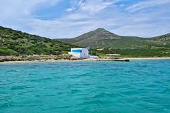 A beach in an island around Antiparos - Paros - Greece (xosediego) Tags: travel beach landscape nikon sailing outdoor aegean greece 1855mm nikkor greekislands ubuntu paros cyclades antiparos dx darktable d3100