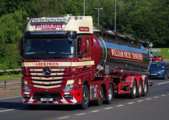 William Nicol Tankers of Aberdeen Mercedes Actros V3WNT on the A90, Dundee (andyflyer) Tags: truck mercedes lorry aberdeen tanker haulage hgv actros roadtransport mercedesactros williamnicol williamnicoltankers v3wnt
