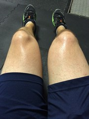 IMG_9830 (guythigh) Tags: shiny legs sweaty thighs shorts knees workout