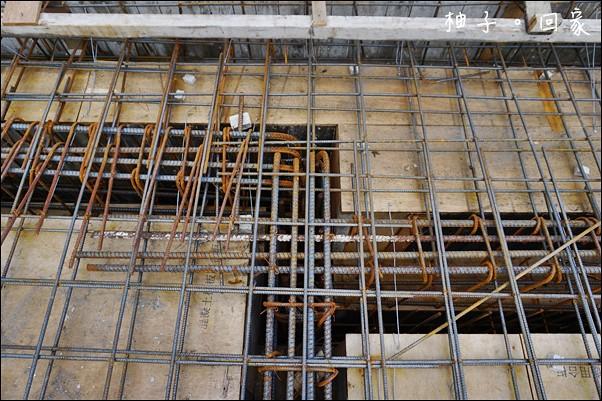 1樓板模隔間水電鋼筋完成19