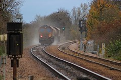 Newark (GBRf 66702) Tags: uk england canon eos flickr crossing diesel loco junction east locomotive newark dslr nottinghamshire midlands dbs notts tmd 2103 class66 ews toton 100d rhtt 66046 dbschenker totontmd 3j88