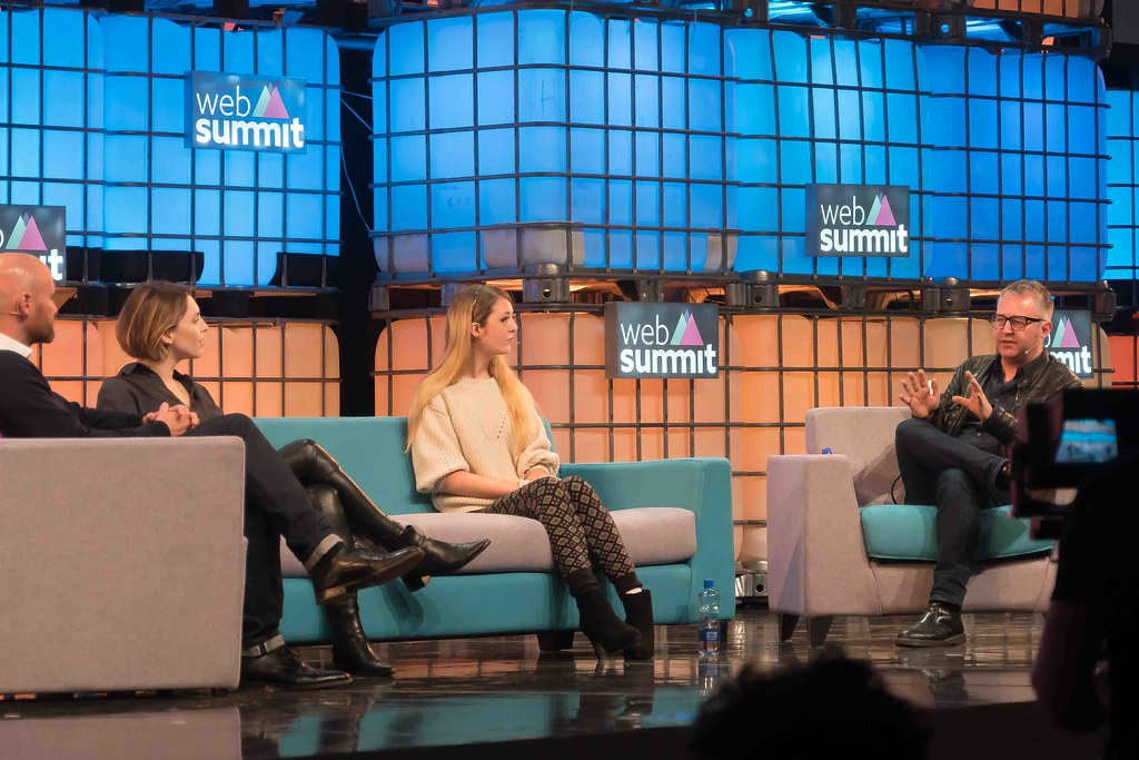 THE WEB SUMMIT DAY TWO [ IMAGES AT RANDOM ]-109857