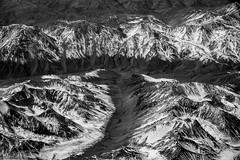 The winter's coming (Piotr_PopUp) Tags: santiago calama andes cordillera mountain mountains cerro snow monochrome mono landscape landscapefromplane aerial windowseat minimal latinamerica southamerica blackandwhite blackwhite bw