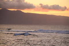 Sunset over surfers (BattysGambit) Tags: 2016 usa hawaii holiday september fall tropical tropics beach maui paia hookipa park ocean surfing sunset surfers swell canon dslr 7d