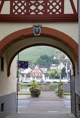 Zell, Blick nach Zell-Kaim (HEN-Magonza) Tags: zell mosel moselle rheinlandpfalz rhinelandpalatinate deutschland germany