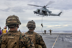 161102-N-LR795-097 (SurfaceWarriors) Tags: usnavy usssomerset lpd25 11thmeu marines sailors deployment flightdeck amphibioustransportdockship fastropetraining uh1 huey helicopter pacificocean california unitedstates