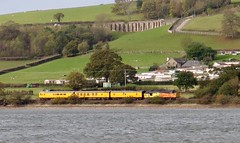 The Weary Traveller (Stapleton Road) Tags: class37 37175 testtrain locomotive railway riverteign teignmouth