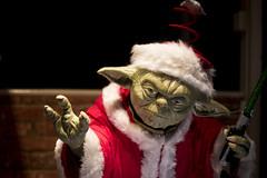 <<insert Yoda pun/joke here>>  (108of365) (Reckless Times) Tags: yoda star wars starwars santa father claus christmas lucasfilm character cool festic festive seasonal nikon project 365 d750 shop windo window oxford travel tourist