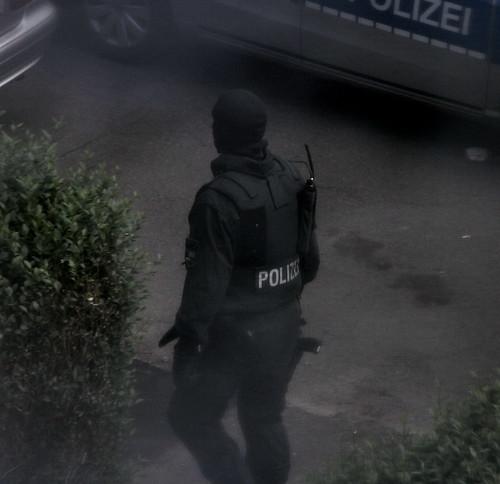 Spezialeinsatzkräfte-SEK-Einsatz-Siegen (7)