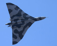 Vulcan (Bernie Condon) Tags: military jet delta vulcan bomber raf coldwar warplane avro vbomber xh558 1group bombercommand strikecommand vtts