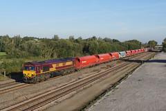 66147 Finedon Sidings (Gridboy56) Tags: railroad train gm shed northamptonshire trains db locomotive railways radlett locomotives class66 emd ews railfreight finedon 66147 moretononlugg dbschenker 6m39