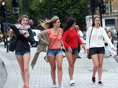 London Tourists (Waterford_Man) Tags: street summer people london girl candid tourists shorts