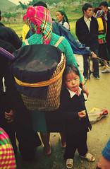 IMGP9354 (crazyycat.0209) Tags: hagiang ethnicmarket dongvan weeklymarket hàgiang chợphiên đồngvăn dântộcthiểusố trẻemvùngcao chợphiênđồngvăn dongvanethnicmarket fivecolorstickyrice