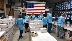 """Sponsored Packing Event with Florida Pennisula Ins. • <a style=""""font-size:0.8em;"""" href=""""http://www.flickr.com/photos/58294716@N02/22334709959/"""" target=""""_blank"""">View on Flickr</a>"""