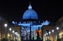 San Pietro - Giubileo - Fiat Lux 04 (Maurizio Belisario) Tags: rome roma lights slides sanpietro giubileo fiatlux sanpeter cittàdelvaticano proiezioni