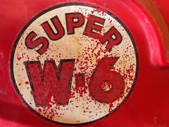 Super W6 (ametras63) Tags: peinture tracteur rouille vignoblestgabriel