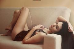 Gabriela G. (vince_enzo) Tags: blur hot sexy canon relax eos glamour focus indoor lingerie sofa bella brunette bruna fuoco romanian gambe caldo interna modella colri 600d bockeh distesa rumena 18135mm