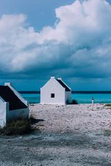 Bonaire (Atse B) Tags: sea house beach colors clouds canon cartagena bonaire lightroom atse