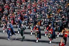 Massed Pipers - The Royal Edinburgh Military Tattoo - Scotland (Pat L.314) Tags: scotland edinburgh castle esplanade celebration performance outdoor nighttime massedpipers bagpipes colorful kilts formation marchingband band tartans royaledinburghmilitarytattoo