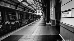 ... (TALOS300) Tags: sonya6000 sonyilce6000 sonyalpha6000 grecia greece atenas athens blancoynegro blackandwhite bw estacion tren train
