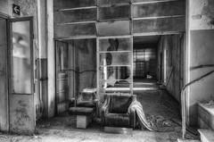 Church  with cloister (Italy)  (7) (Arno G) Tags: church eglise abandonn abandon decay dsaffect urbex explorationurbaine exploration cloister clotre pentax sigma1020mmf35exdchsm italy hdr poussire
