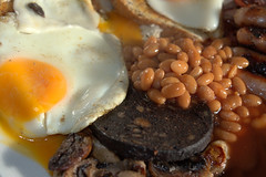 English Breakfast (Tony Worrall) Tags: add tag 2016tonyworrall images photos photograff things uk england food foodie grub eat eaten taste tasty cook cooked iatethis foodporn foodpictures picturesoffood dish dishes menu plate plated made ingrediants nice flavour foodophile x yummy make tasted meal egg beans breakfast
