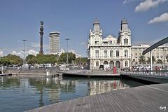 Port Vell. (svet.llum) Tags: barcelona catalunya cataluña mar mediterráneo colón monumento arquitectura ciudad port portvell puerto edificio edifici
