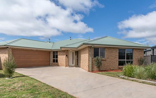 4 Taloumbi Place, Orange NSW 2800