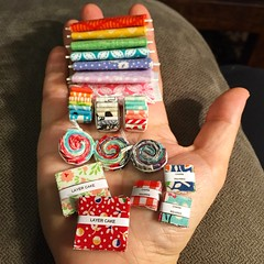 Dollhouse Miniature Precuts Tutorial (Three Owls) Tags: cake square miniature diy fat charm pack fabric layer jelly quarter bolts rolls bundle tutorial dollhouse precuts