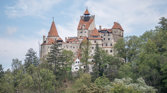 Bran Castle (Dracula) with Lumix DMC-GX7 16:9 2K